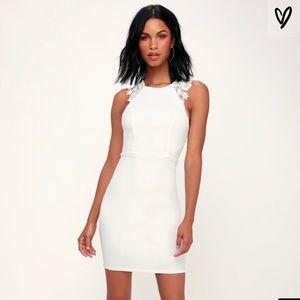 NWT Lulu's come alive lace body con dress bride S